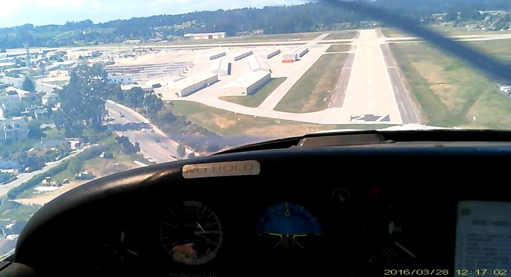 kwvi-rwy-27-on-short-final-20160328-pvt-flt-tr%e2%91%a4